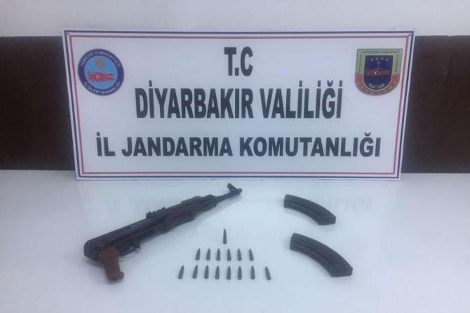 Diyarbakır Lice kırsalında çatışma: 2 PKK'li yakalandı