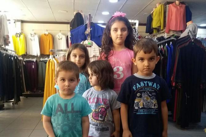 Umut Kervanı Vakfı Bursa'da ihtiyaç sahiplerinin yüzünü güldürdü