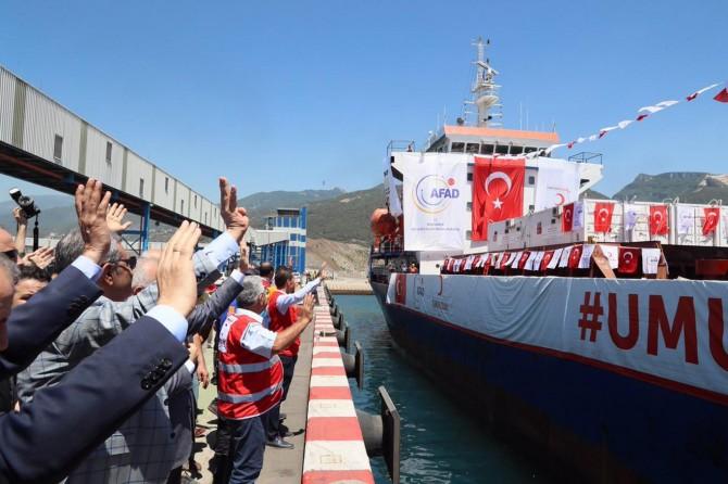 Yemen için insani yardım taşıyan gemi yola çıktı