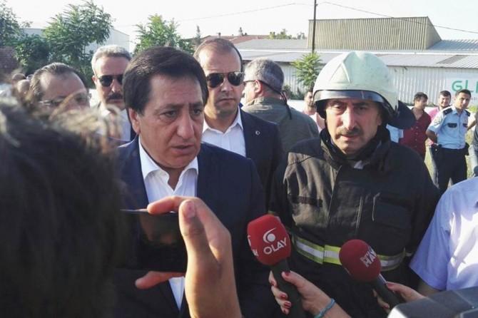 Bursa Valisi İzzettin Küçük, yangın bölgesinde incelemelerde bulundu