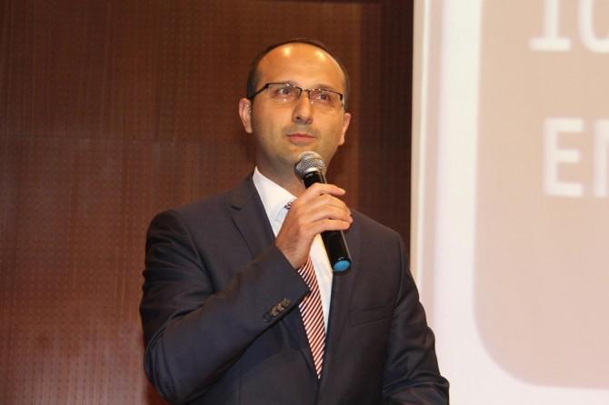 Diyarbakır Vali Yardımcısı Gökdemir gözaltına alındı