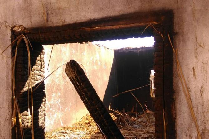 Şanlıurfa Siverek Karacadağ Köyünde çıkan yangında 3 çocuk hayatını kaybetti
