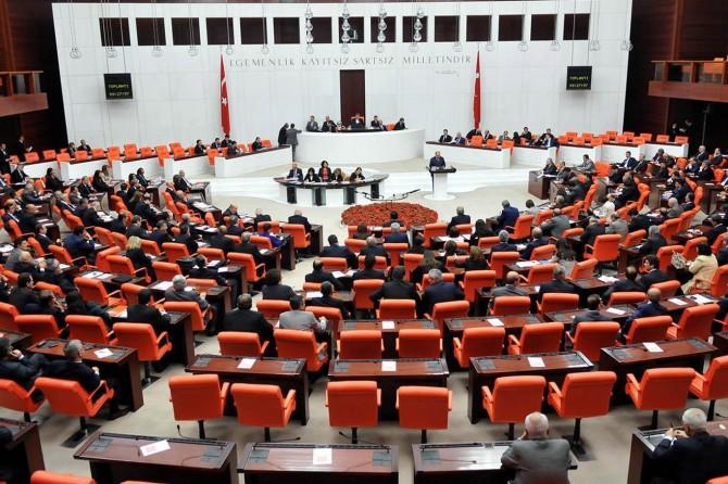 Meclis yasama çalışmalarına bugün başlıyor