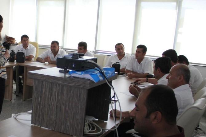 Van Büyükşehir Belediyesinden şoförlere seminer