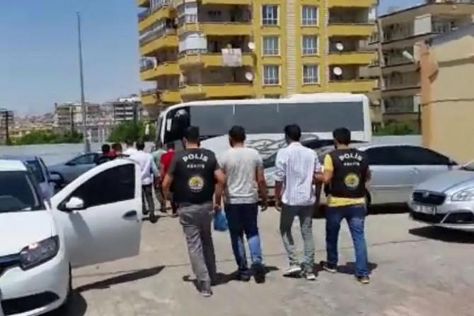 Şanlıurfa Hilvan'da 4 kişinin öldüğü kavgayla ilgili 6 kişi tutuklandı