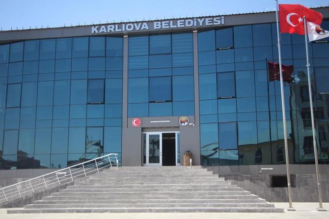 Karlıova Belediyesi suyu amaç dışı kullananlara ceza gelecek