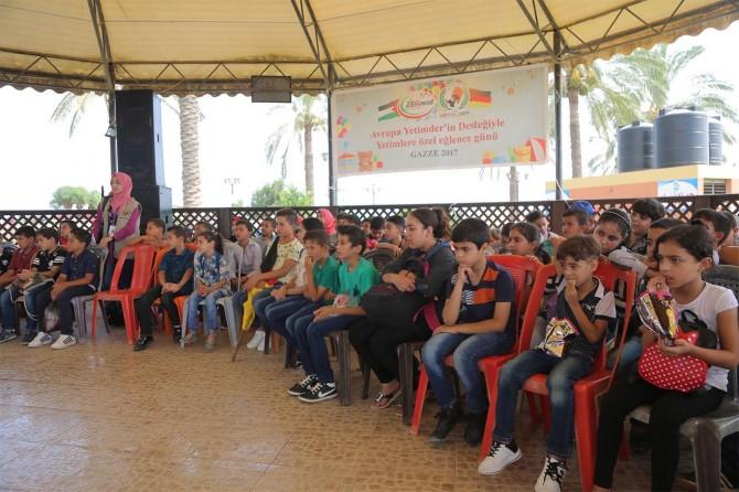 Avrupa Yetim-Der Gazzeli yetimlere buluştu