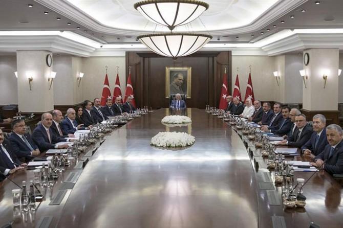 Başbakan ve yardımcılarının görevleri belli oldu