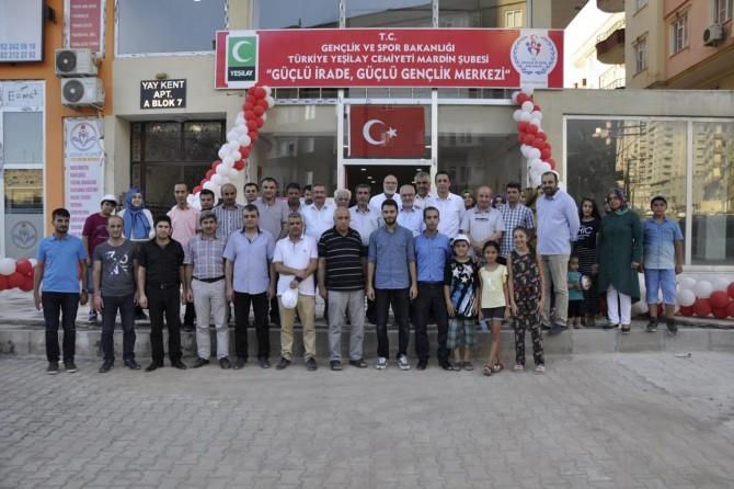 """Mardin Yeşilay'ın """"Gençlik Merkezi"""" açıldı"""