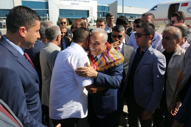 Bakan Ahmet Eşref Fakıbaba Şanlıurfa'da