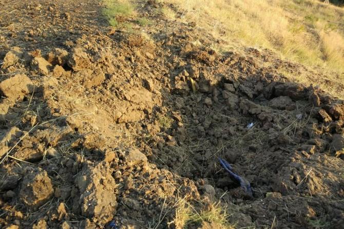 Diyarbakır'da yola döşenen 100 kilo patlayıcı imha edildi