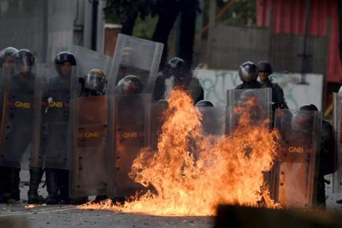 Venezuela'daki gösterilerde ölü sayısı yükseldi
