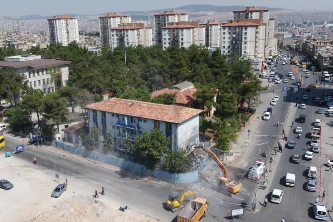 Gaziantep'te yarım asırlık karakol yıkıldı