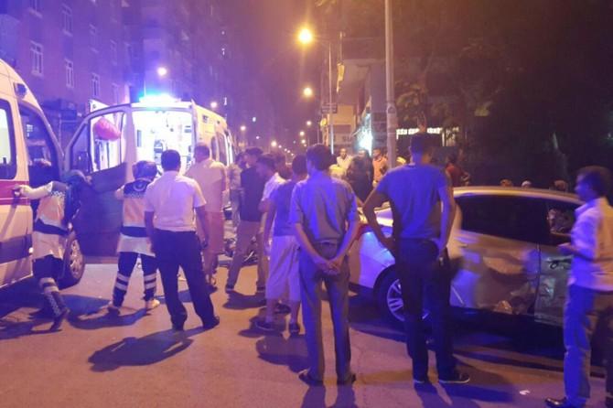 Diyarbakır Huzurevlerinde trafik kazası: 2 yaralı foto