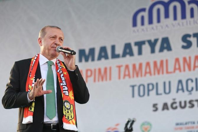Cumhurbaşkanı Erdoğan tek tip elbisenin rengini açıkladı