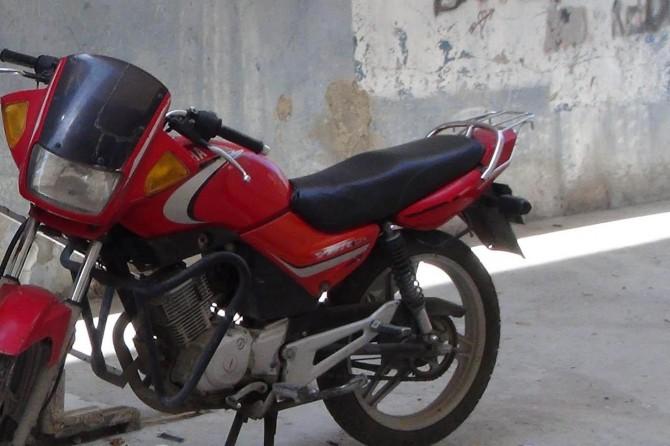 Şanlıurfa Birecik'te motosiklet hırsızlarının pişkinliği pes dedirtiyor