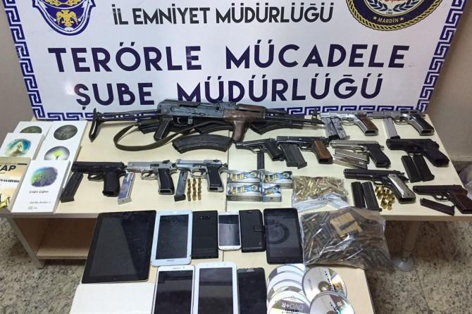 Mardin merkezli PKK operasyonunda 20 kişi tutuklandı