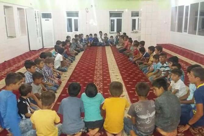 Sizin en hayırlınız Kur'an'ı öğrenen ve öğreteninizdir