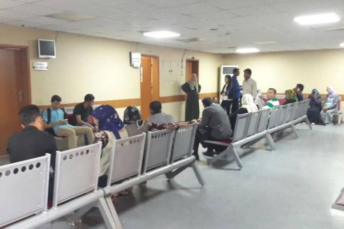 Devlet hastanesinde doktor sayısının yetersizliğine tepki