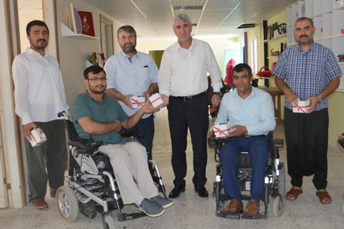 Engelli kardeşlerimizi toplumdan soyutlamayalım