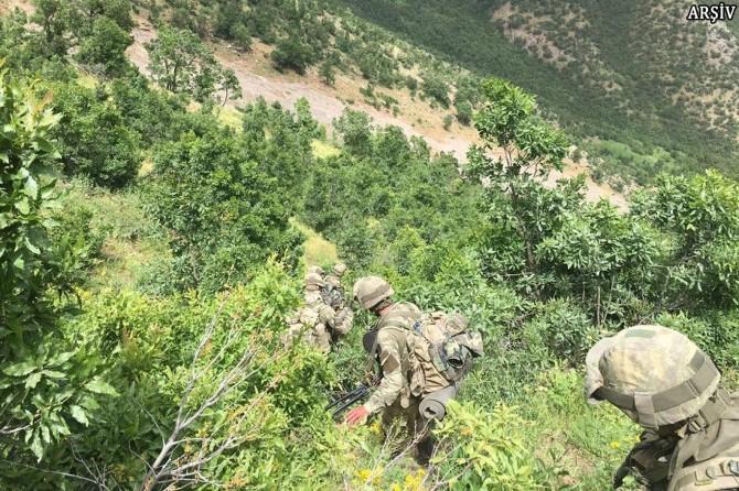 Siirt Eruh'ta 1 PKK'li öldürüldü