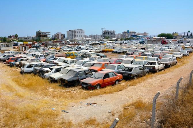 """""""Milyarlar değerinde araçlar çürümeye terk edilmiş durumda"""""""