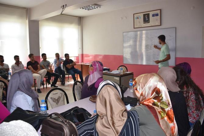 """Muş'ta ücretli öğretmenler için """"Özel Eğitim Uygulamaları Kursu"""" açıldı"""