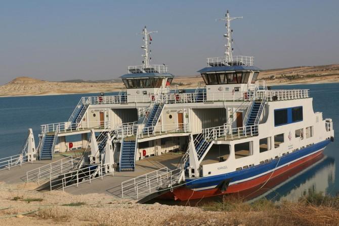 Samsat-Bozova feribot seferi projesi hâlâ uygulamaya konmadı