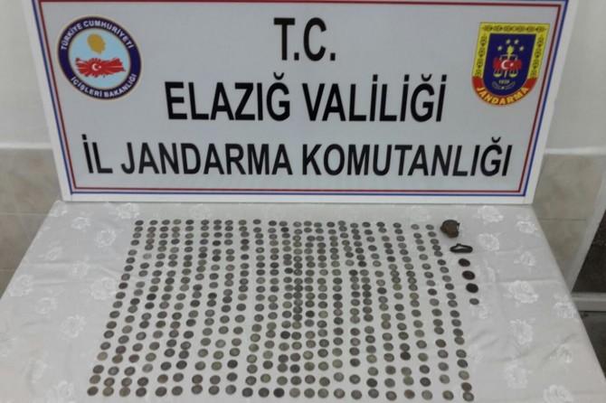 Elazığ'da tarihi eser kaçakçıları yakalandı