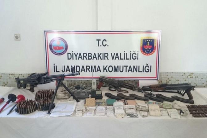 Diyarbakır'da mühimmat ve 60 bin 640 kök kenevir ele geçirildi video foto