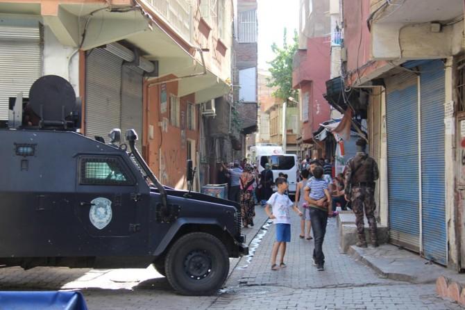 Diyarbakır Sur'daki patlamaya ilişkin 1 gözaltı