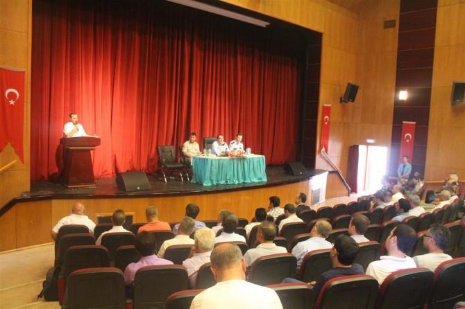Kahta'da 'okul güvenliği' toplantısı
