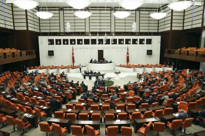 Irak ve Suriye tezkeresi TBMM'ye sunuldu