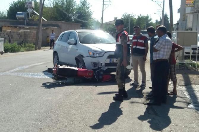 Şanlıurfa Konuklu beldesinde otomobil ile motosiklet çarpıştı: 2 yaralı