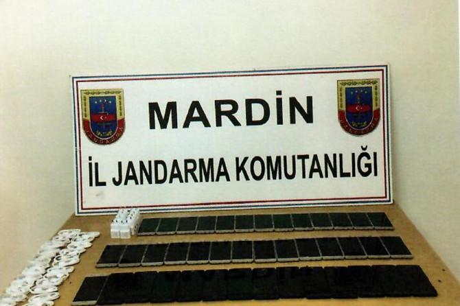 Mardin'de kaçak cep telefonu ele geçirildi