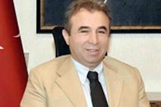 Eski vali yardımcısına FETÖ'den 6 yıl hapis cezası