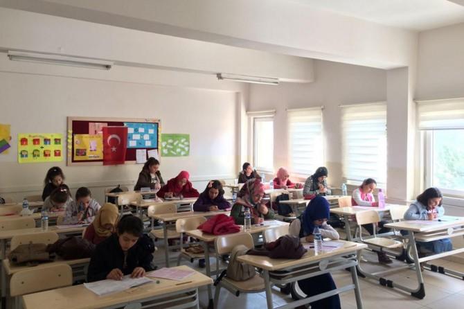 Gümüşhane'de 'Kur'an Nesline Kur'an Pınarı' sınavı