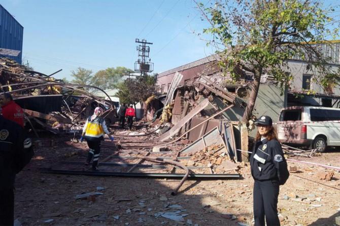 Bursa'da patlama ve göçük: 5 kişi hayatını kaybetti