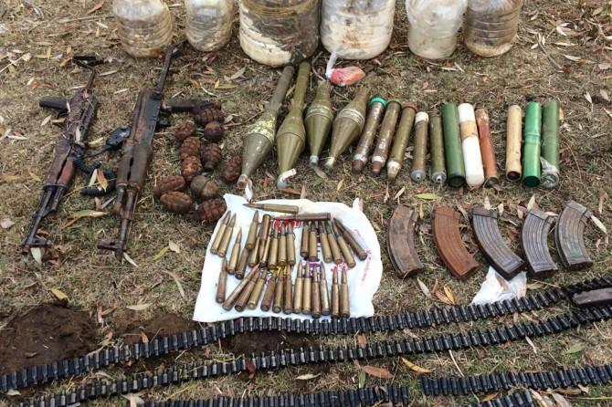 Bitlis'te PKK sığınaklarında çok sayıda mühimmat ele geçirildi