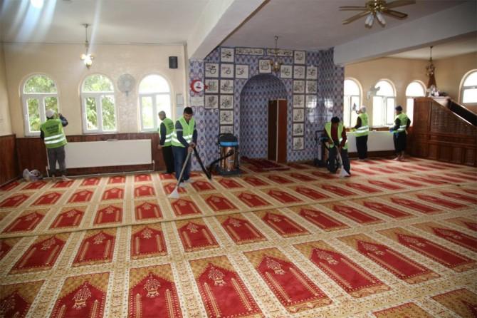 Siirt'te cami ve Kur'an kurslarının temizliği için özel ekip kuruldu