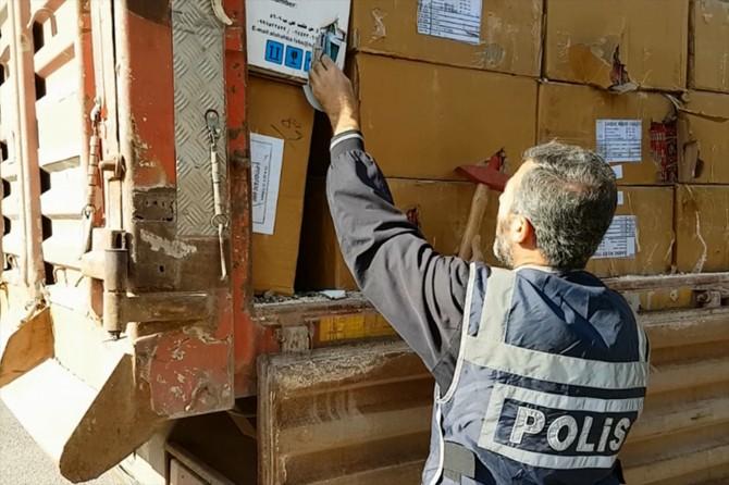 Gaziantep'te gümrük kaçağı sigara ve ilaç ele geçirildi
