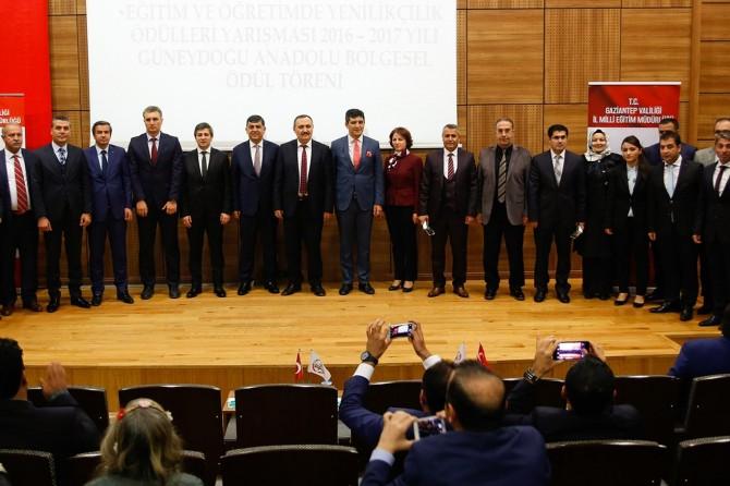 """""""Eğitim ve Öğretimde Yenilikçilik Ödülleri"""" Gaziantep'te verildi"""