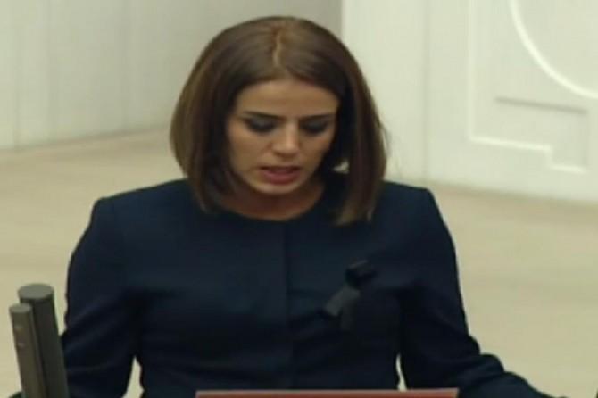 HDP'li Ayşe Acar Başaran hakkında yakalama kararı