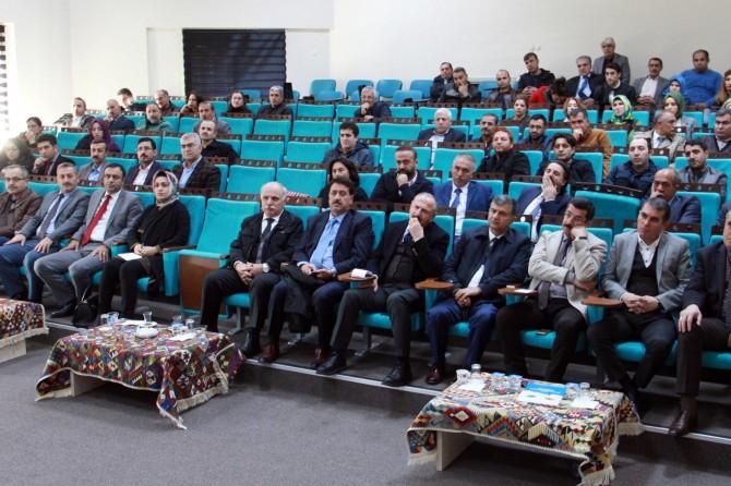 Van Büyükşehir Belediyesi memur disiplini eğitimi verdi