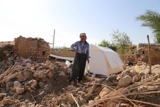 Evsiz kalan depremzedeler çaresizliklerini İLKHA'ya anlattılar