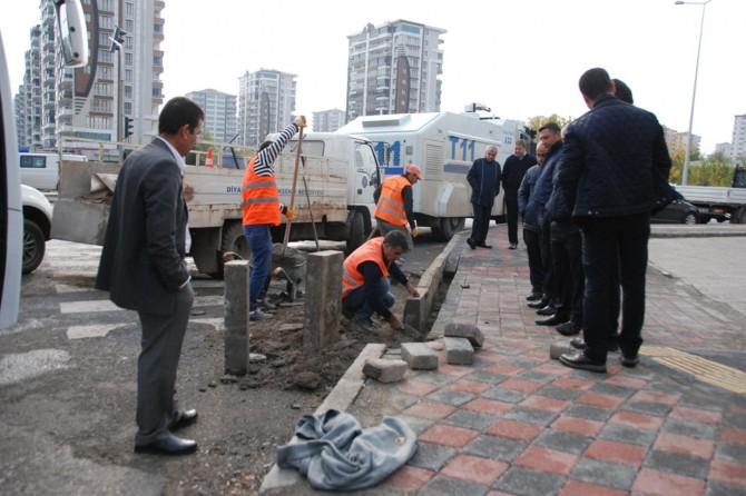 Diyarbakır'da otopark olarak kullanılan kaldırım işgalden kurtarıldı