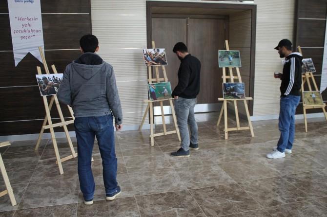 Muş Alparslan Üniversitesinde Arakan temalı fotoğraf sergisi