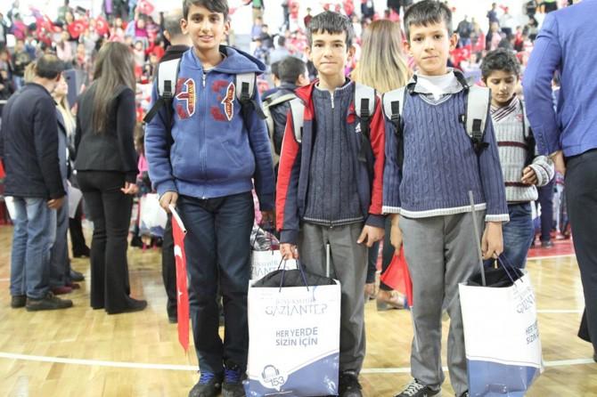 Gaziantep'te 5 bin öğrenciye okul yardımı yapıldı