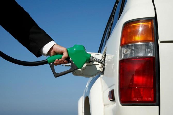 Benzine 9 kuruşluk zam yapıldı