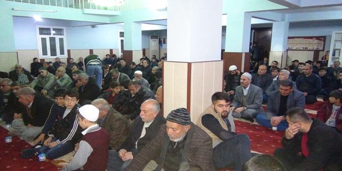 Çınarlılar Mevlid Kandilinde camilere akın etti 2017